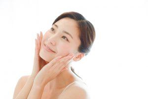 脂肪溶解注射・BNLSを20代の顔に打つ